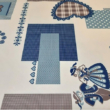 Kép 2/2 - Holiday asztalterítő szívencske mintával, kék